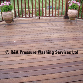 wooden decking cleaning London Berkshire