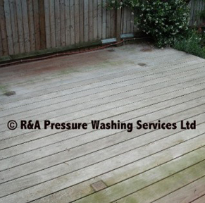 wooden decking pressure washing