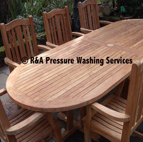 garden furniture pressure washing