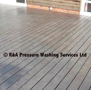 decking pressure washing London Berkshire Buckinghamshire