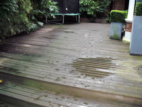 Garden Decking Cleaning 1