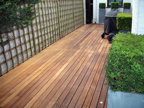 Garden Decking Cleaning 4
